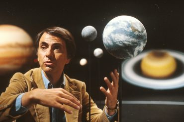 carl-sagan-pale-blue-dot